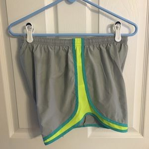 "NikeTempo shorts 3.5"" grey neon yellow teal"